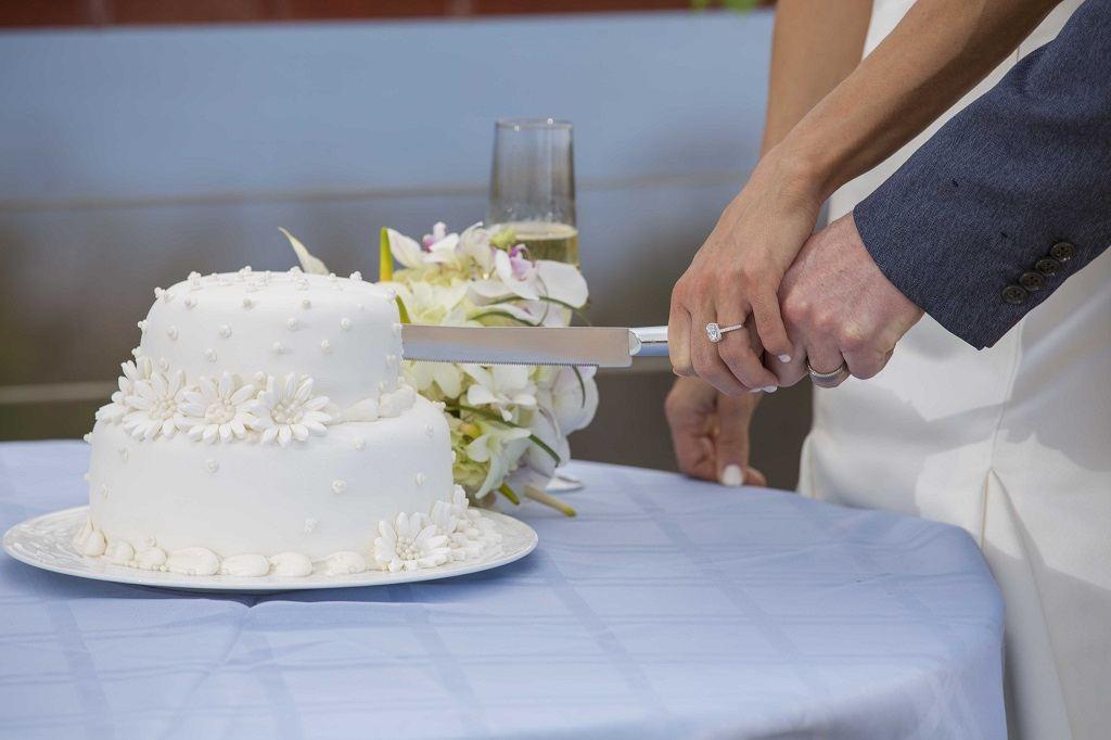St Lucia Wedding Flowers Amp Cakes Elope To Paradise